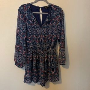 EXPRESS PATTERNED ROMPER LONG SLEEVE